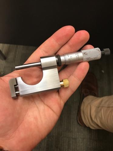 Universal Micrometer